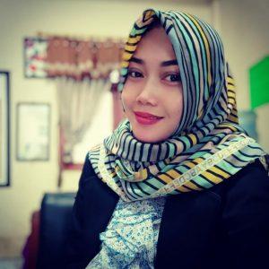 Biografi Asih Wiarsih, M.Pd